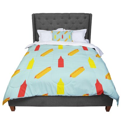 Will Wild Hot Dog Pattern Comforter Size: King