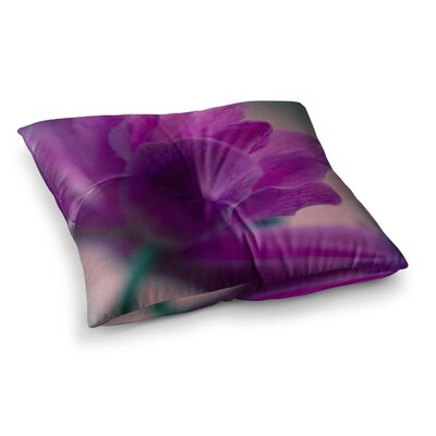 Standing Ovation Flower by Ann Barnes Floor Pillow Size: 26 x 26