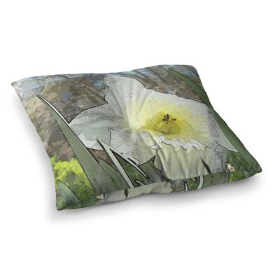 Daffodil Digital by Cyndi Steen Floor Pillow Size: 23 x 23