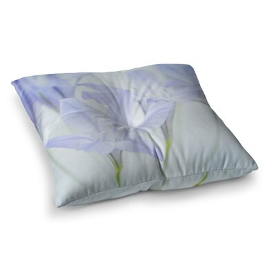 Triplet Lily Flower by Iris Lehnhardt Floor Pillow Size: 26 x 26