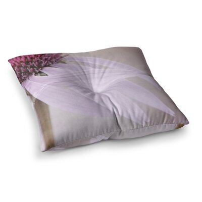 Windswept Floral by Iris Lehnhardt Floor Pillow Size: 26 x 26