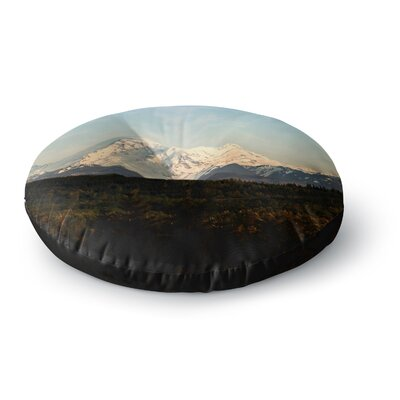 Sylvia Cook Mt. Rainier Mountain Photo Round Floor Pillow Size: 26 x 26