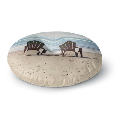 Sylvia Cook A Great View Travel Round Floor Pillow Size: 23 x 23