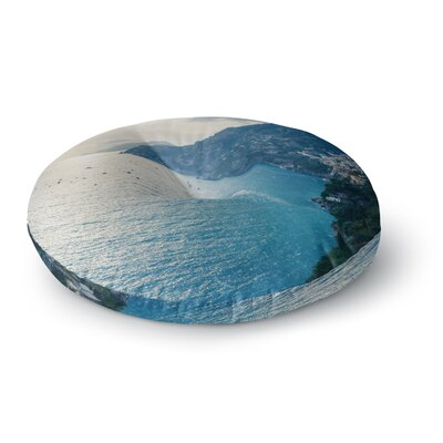 Violet Hudson Amalfi Edge Coastal Round Floor Pillow Size: 23 x 23