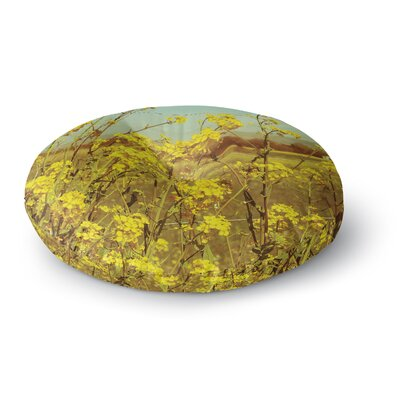 Graphic Tabby Spring Breeze Photography Round Floor Pillow Size: 23 x 23