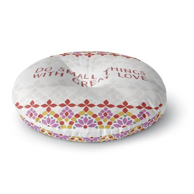 Gukuuki Moraira Love Typography Round Floor Pillow Size: 26 x 26