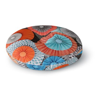 Heidi Jennings Breaking Free Round Floor Pillow Size: 26 x 26