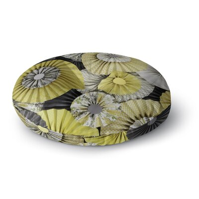 Heidi Jennings Daffodil Round Floor Pillow Size: 23 x 23