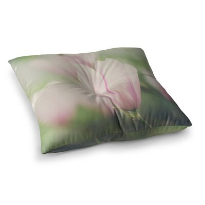 Laura Evans a Magnolia Square Floor Pillow Size: 26 x 26