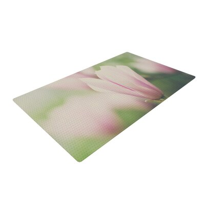 Laura Evans a Magnolia Pink/Green Area Rug Rug Size: 2 x 3