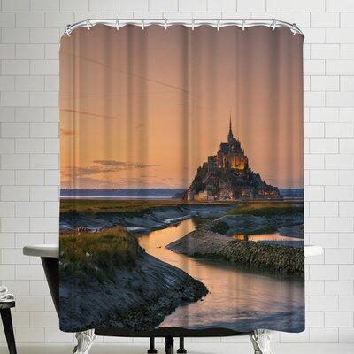 1x Orangine Shower Curtain