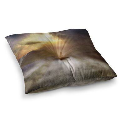 Viviana Gonzalez Day Dream People Square Floor Pillow Size: 26 x 26