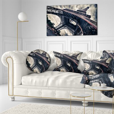 Paris Paris Eiffel Towerin Grungy Dramatic Style Cityscape Throw Pillow Size: 16