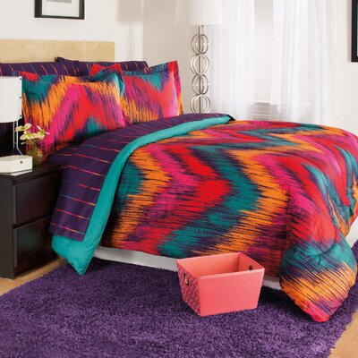 Chevron Tie Dye Berry 3 Piece Comforter Set Size: Twin