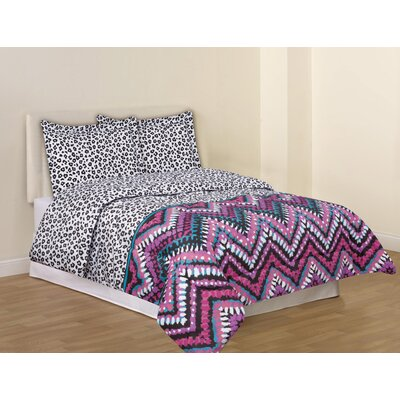Culture Clash Comforter Set Size: Twin