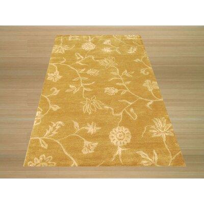 Kinzua Hand-Woven Gold Area Rug Rug Size: 4 x 6