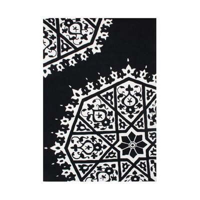 Philomath Hand-Tufted White/Black Area Rug Rug Size: 5 x 8
