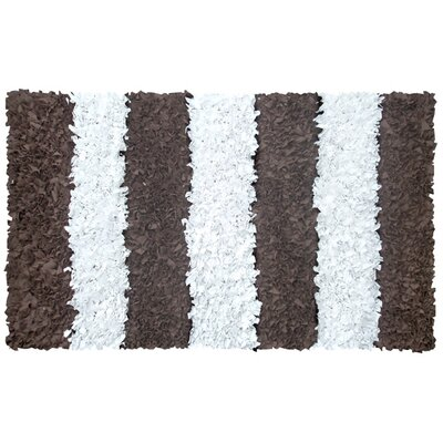 Handmade Brown Area Rug Rug Size: 28 x 48