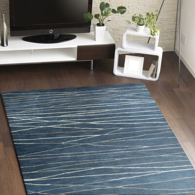 Soleia Hand-Tufted Azure Area Rug Rug Size: Rectangle 86 x 116