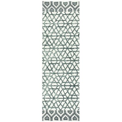 Chetumal Hand-Tufted Ivory/Gray Area Rug Rug Size: Runner 26 x 8