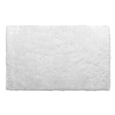 Aveneil Faux Fur True White Area Rug Rug Size: 5 x 8