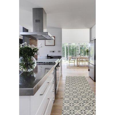 Hand Woven Gray/White Indoor/Outdoor Area Rug Rug Size: Runner 25 x 7