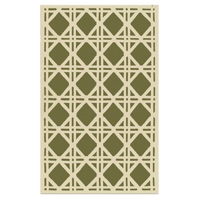 Bentley Hand-Hooked Green/Ivory Indoor/Outdoor Area Rug Rug Size: 5 x 8