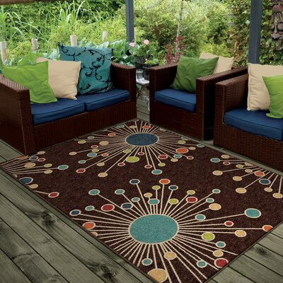 Walton Retro Fit Brown Indoor/Outdoor Area Rug Rug Size: 78 x 1010