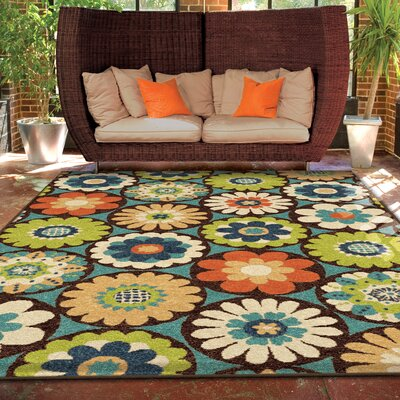 Nicole Vissage Green Indoor/Outdoor Area Rug Rug Size: 52 x 76