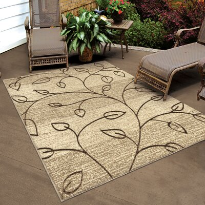 Unionville Gold Indoor/Outdoor Area Rug Rug Size: 52 x 76