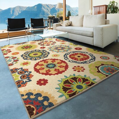 Dickinson Hubbard Cream Indoor/Outdoor Area Rug Rug Size: 310 x 55