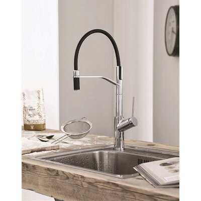 Viva Pro Single Handle Pull Down Kitchen Faucet Finish: Brushed Nickel