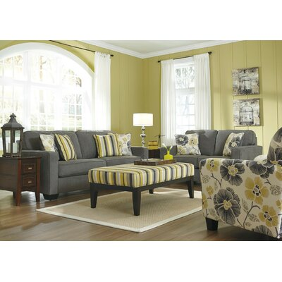 Aulander Living Room Collection