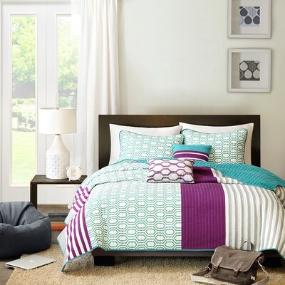 Mary Coverlet Set Size: Full / Queen