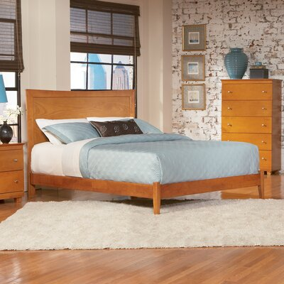 Amy Platform Bed Size: Full, Finish: Caramel Latte