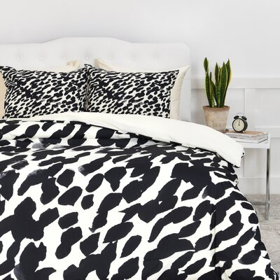 Currans Duvet Cover Set Size: Queen