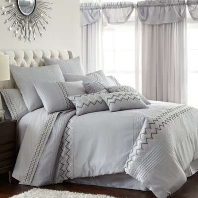 Navassa 24 Piece Comforter Set Size: King