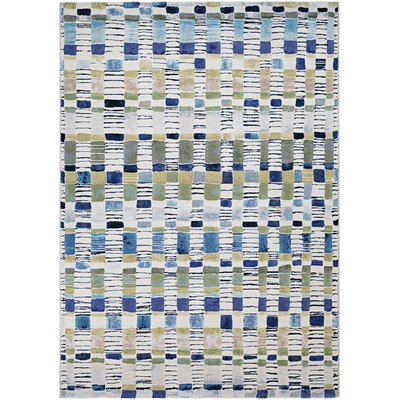 Carly Surrey Blue/Green Area Rug Rug Size: 92 x 125