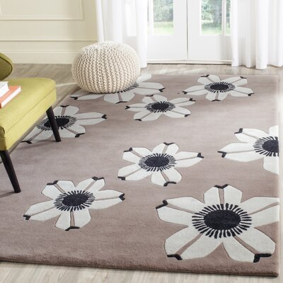 Between Brown Area Rug Rug Size: Rectangle 5 x 8