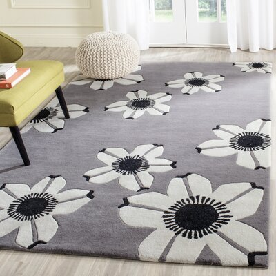 Vasilia Gray Area Rug Rug Size: Rectangle 4 x 6