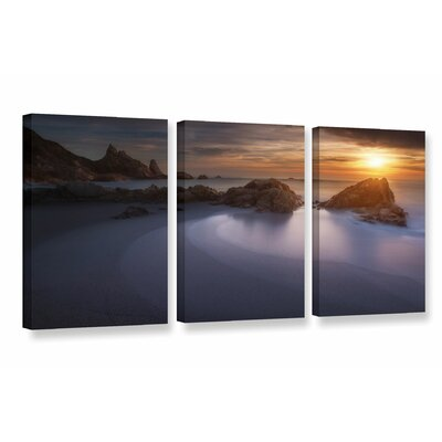Four Shades of Sea 3 Piece Photographic Print on Wrapped Canvas Set Size: 18