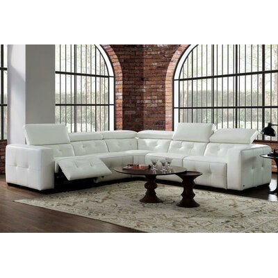 LATR3544 32659886 Latitude Run Off-White Sectionals