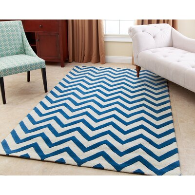 Reale Hand-Tufted Blue Area Rug Rug Size: 5 x 8