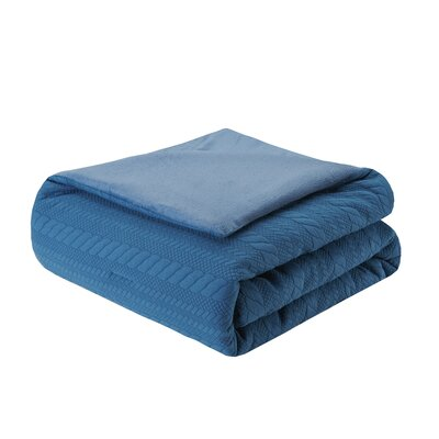 Ivy Matelasse Down Alternative Throw Color: Blue