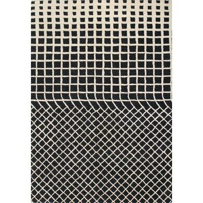 Gianna Ivory/Black Area Rug Rug Size: 5' x 7'6