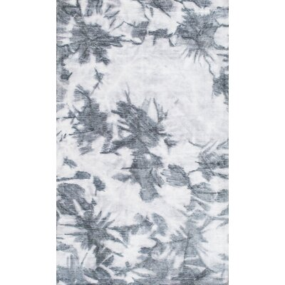 Ila Hand-Woven Gray Area Rug Rug Size: Rectangle 76 x 96