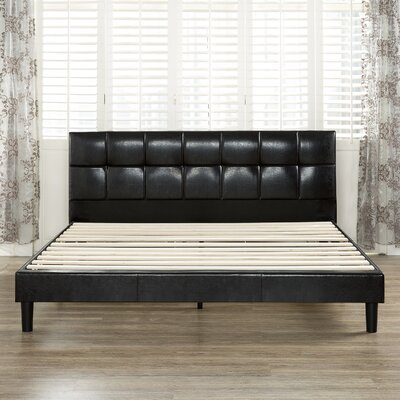 Chesterfield Upholstered Platform Bed Size: King