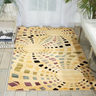 Beige Area Rug Rug Size: Rectangle 79 x 1010