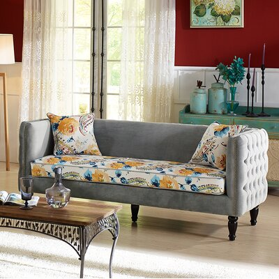 Conesville Chesterfield Sofa