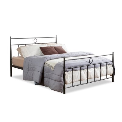 Hathor Platform Bed Size: Full